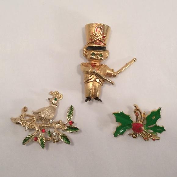 three vintage christmas pins - Christmas Pins